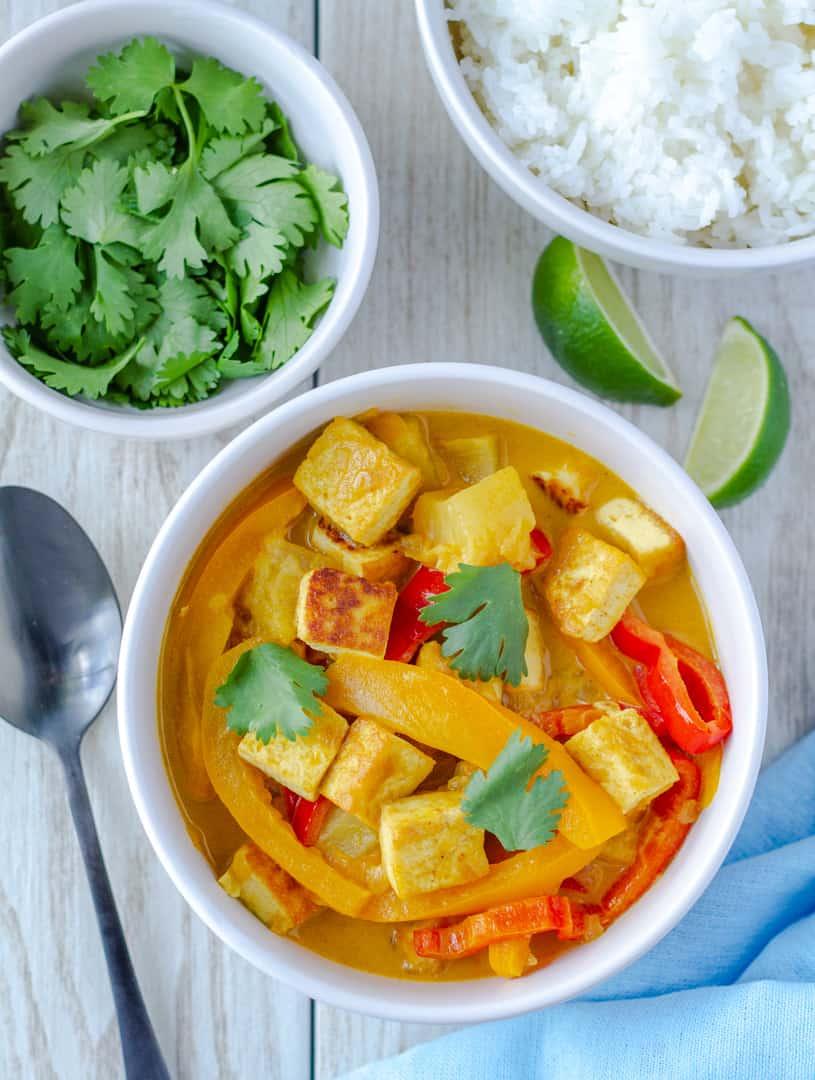 Easy Vegan Pineapple Tofu Curry
