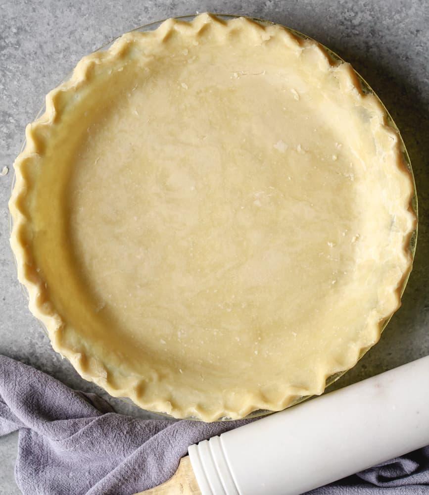 Simple Vegan Pie Crust. Photograph by Happycowandme.com.