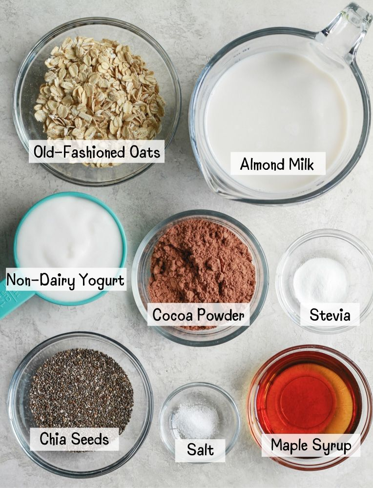 ingredients for chocolate oat breakfast pudding